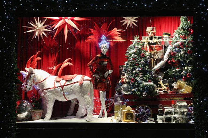 ChristmasShopWindowMedium