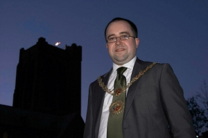 Council to light beacon to celebrate Lord of Man's Diamond Jubilee