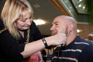 Force for good: Police officer gets clean shaven for charity