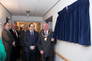 Mayor opens Hazel Court