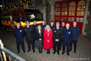 Fire and Rescue Service team members welcomed to the Mayor's parlour