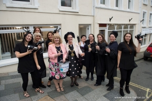 'Bubbles 'n Blow' boosts mayoral charity appeal