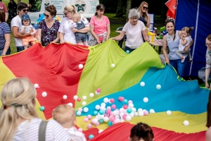 Crowds descend on Noble's Park for Fun Day