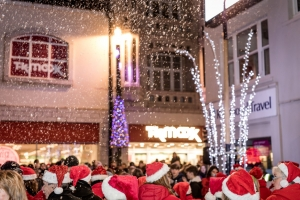 Public and retailers hail 'new-format' Douglas Christmas lights event a success