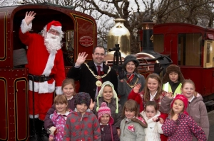 Operation Christmas Child steams in to Port Erin