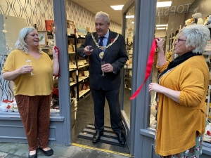 Mayor opens new Manx business venture