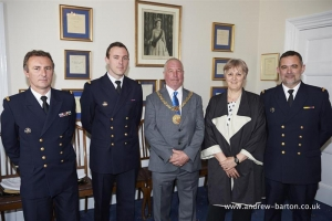 Mayor welcomes French naval crews