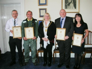 Mayor presents long service awards