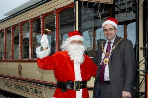 Civic Santa: Mayoral launch for Santa tram service